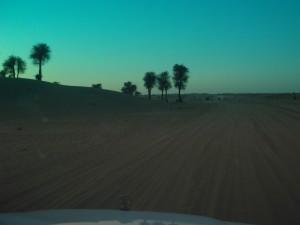 çölde gün batımı